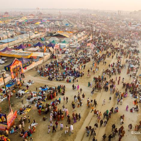 L'insolita India , in occasione del festival Kumbh Mela: un'esperienza unica per conoscere profondamente una cultura del tutto diversa dalla nostra.
