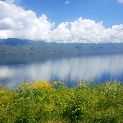 ARMENIA – Lago Sevan