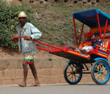 MADAGASCAR – Il Pousse Pousse